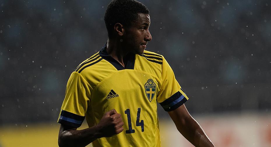 """AIK-talangen gjorde mål på första bollkontakten i U21-debuten: """"En stor ära"""""""