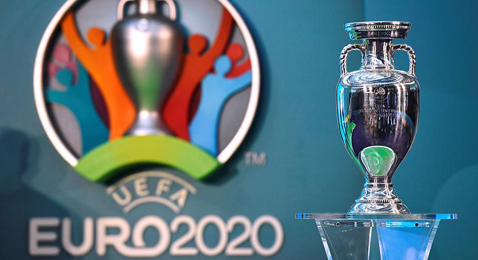 Uefa uppges ha lämnat förslag till ligorna och klubbarna: EM spelas 2021
