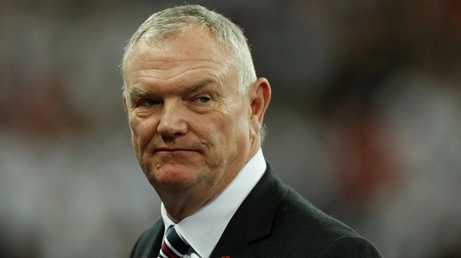 Fifa-toppen avgår efter kontroversiella uttalanden - trots Uefa-presidentens vädjan att stanna