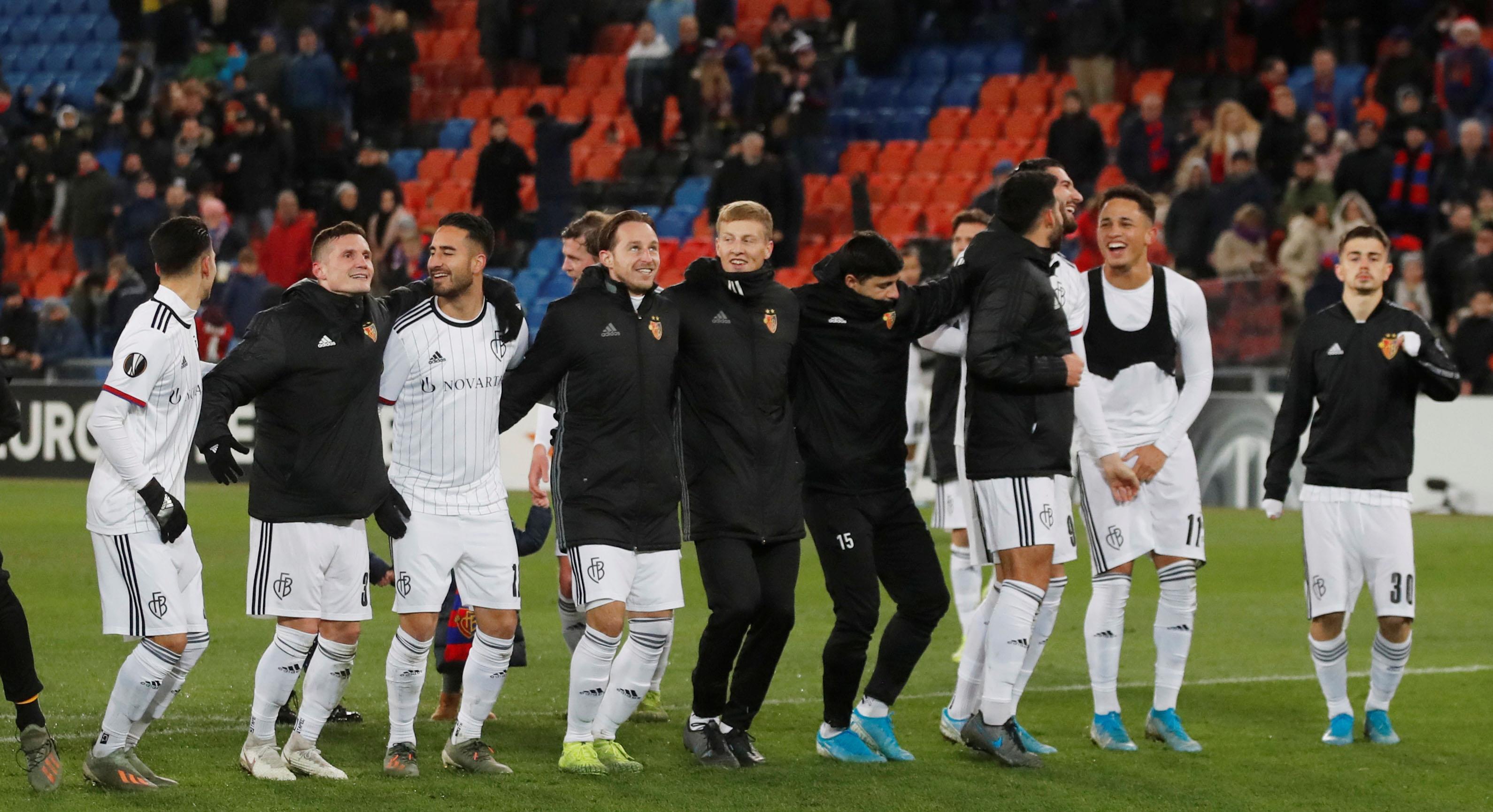 Tidigare akademitränare i AIK gick från division 5 till turkiskt storlag