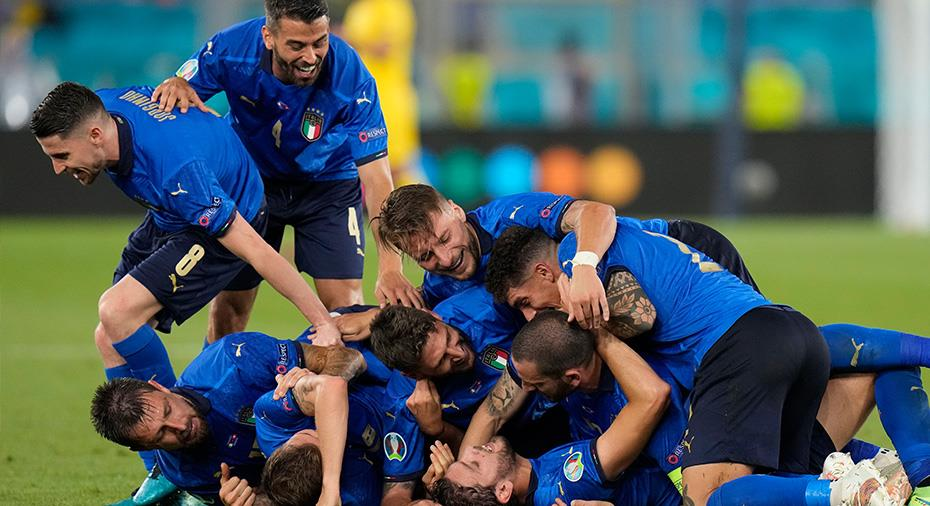 TV: Italien fortsätter övertyga - doldis hjälte mot Schweiz