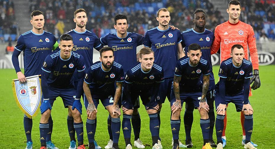Slovan Bratislava tvingas lämna WO - färöiskt lag vidare i CL-kvalet