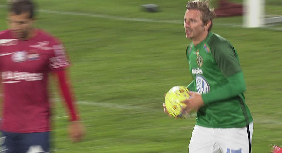 TV: Olsson rädde kryss för J-Södra - kvitterade mot ÖIS på övertid
