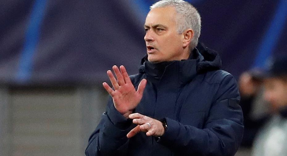 """Mourinho hoppas att PL-fotbollen återupptas: """"Är desperat"""""""