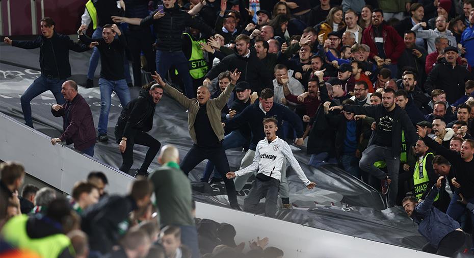 Supporterbråk i London - West Ham bärgade ny seger