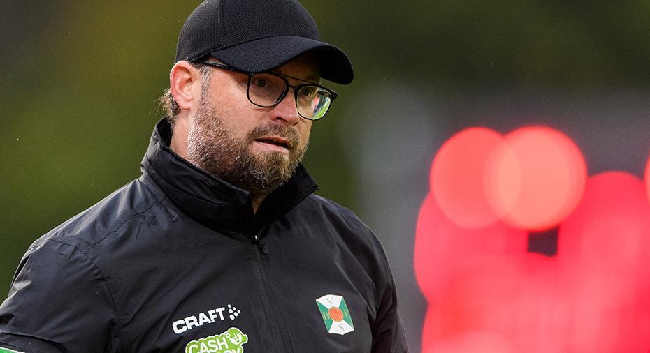 """Varberg-tränaren hårdsågar egna laget i paus: """"Fruktansvärt bedrövligt"""""""