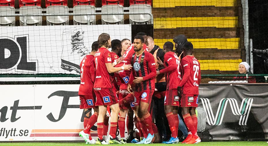 """Mittfältare provspelar med ÖFK: """"Vill verkligen komma hit och spela"""""""